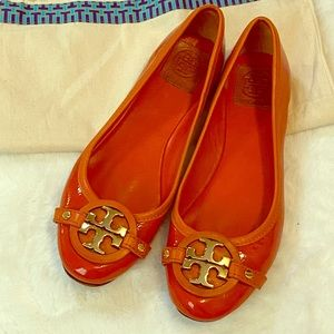 Tory Burch Orange Patent Leather Flats Shoes sz 8